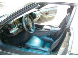 Picture of 1985 Chevrolet Corvette located in Lathrop California Offered by a Private Seller - KB64