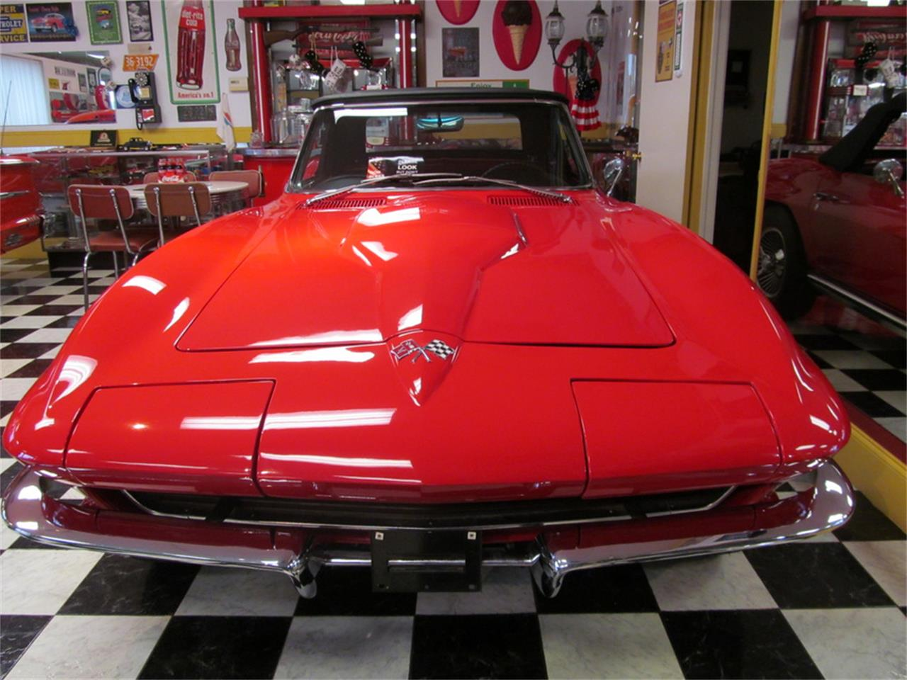 Large Picture of '65 Corvette - KBCH