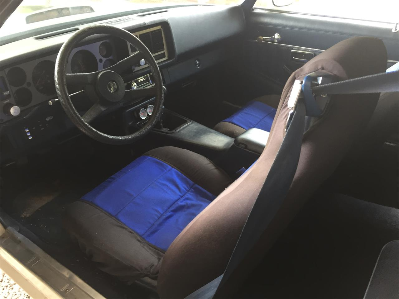 Large Picture of '81 Camaro Z28 - KBQE