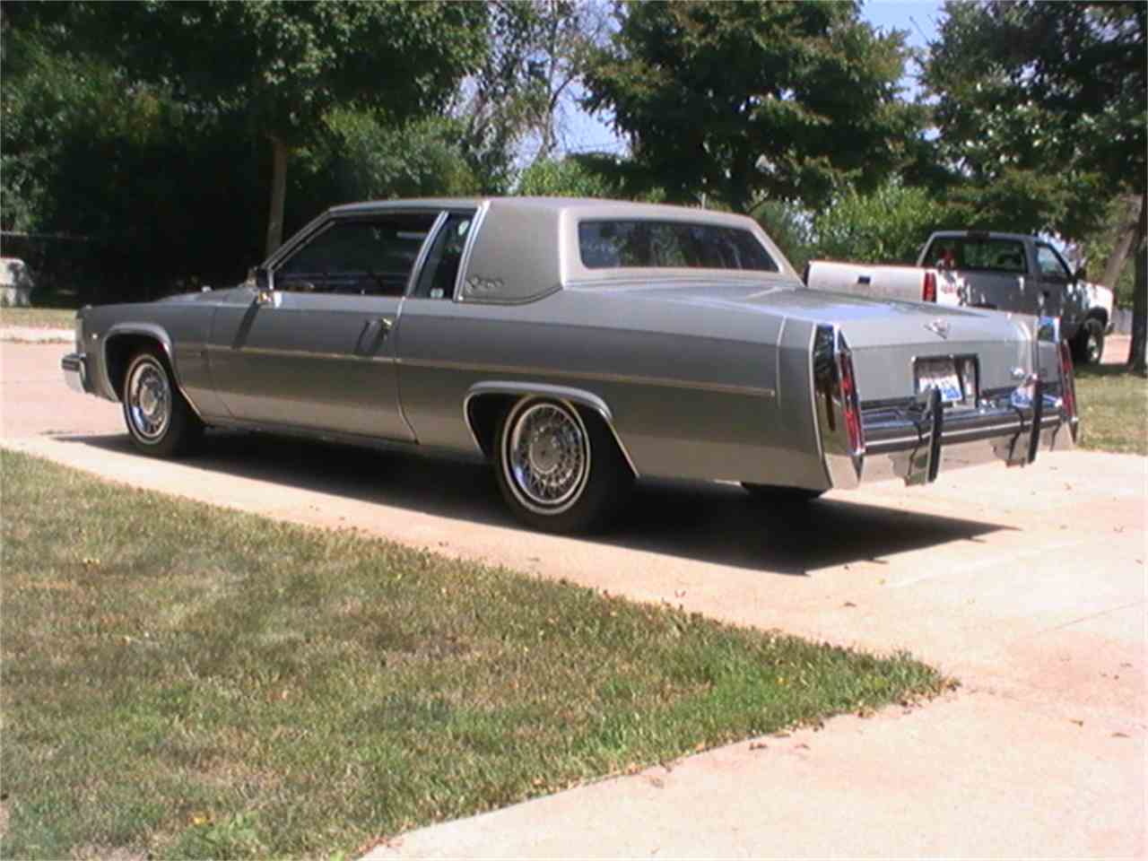 Large Picture of 1983 Coupe DeVille located in Lombard Illinois - $13,500.00 Offered by a Private Seller - KBYE