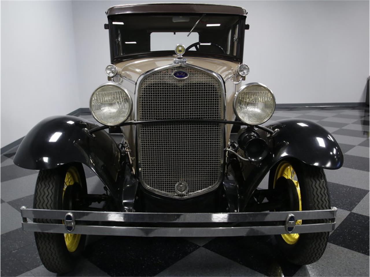Large Picture of '30 2-Dr Sedan - KCCU