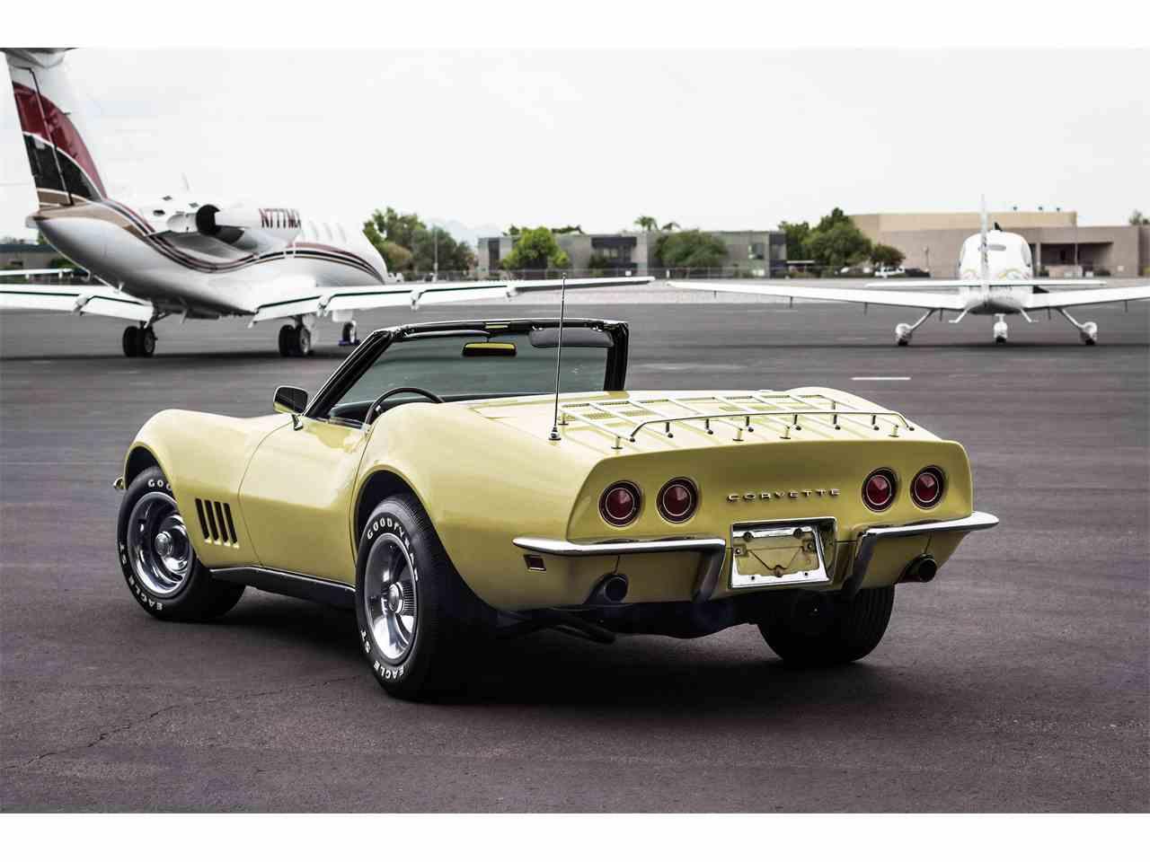Large Picture of '68 Corvette - KCON