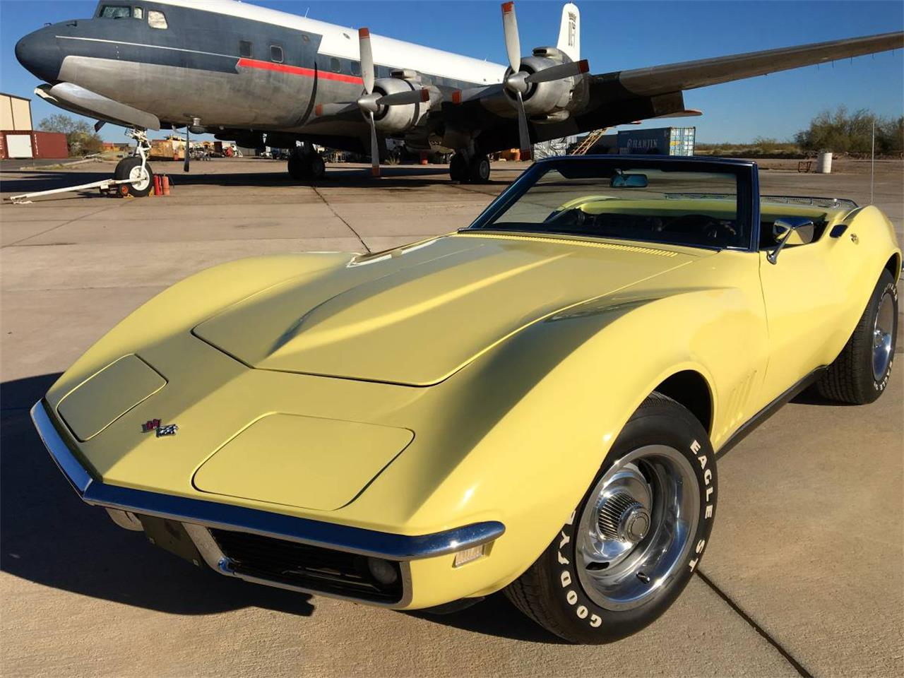 Large Picture of Classic 1968 Corvette - $33,500.00 - KCON
