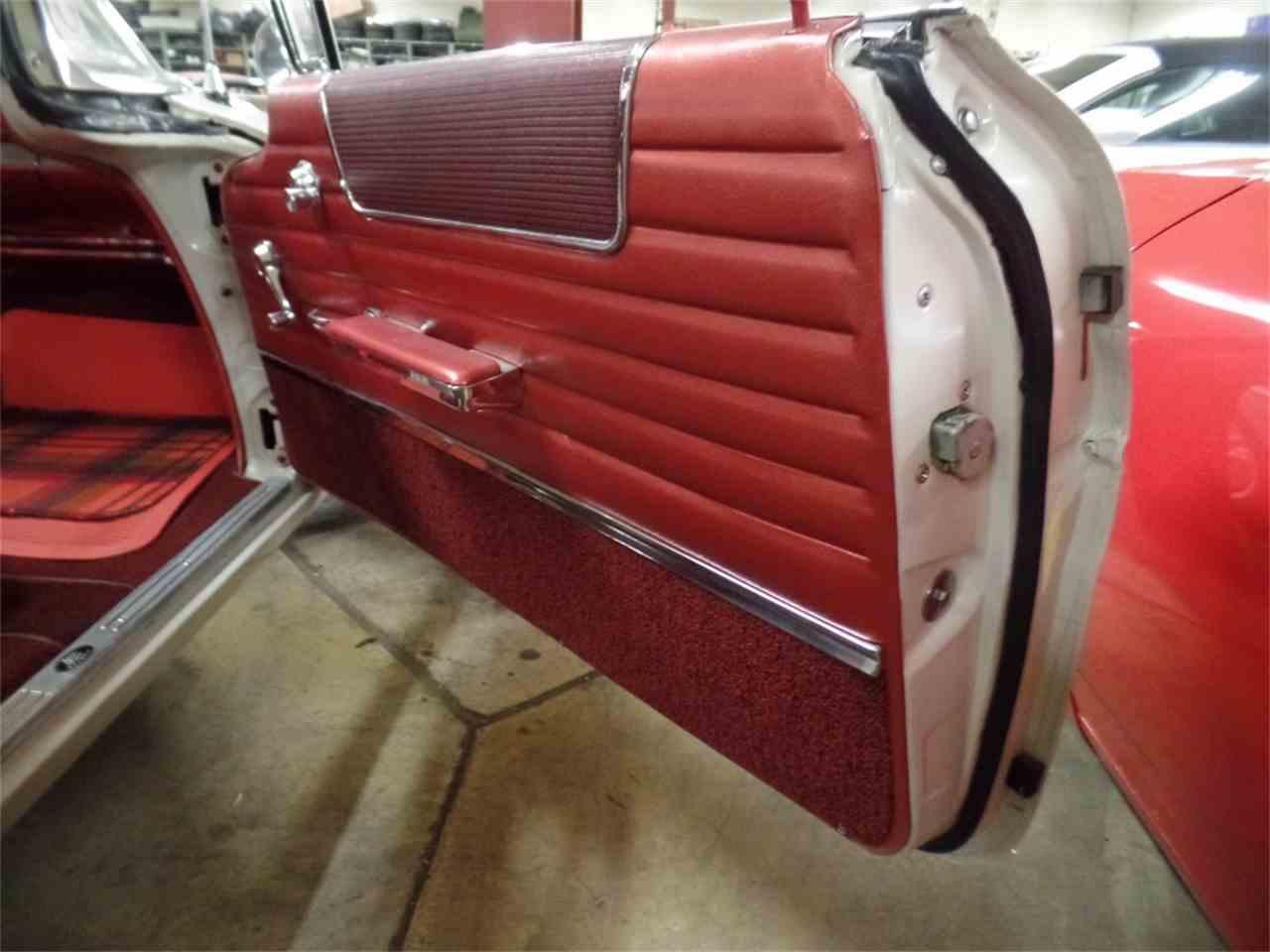 Large Picture of '60 Bonneville - KCXS