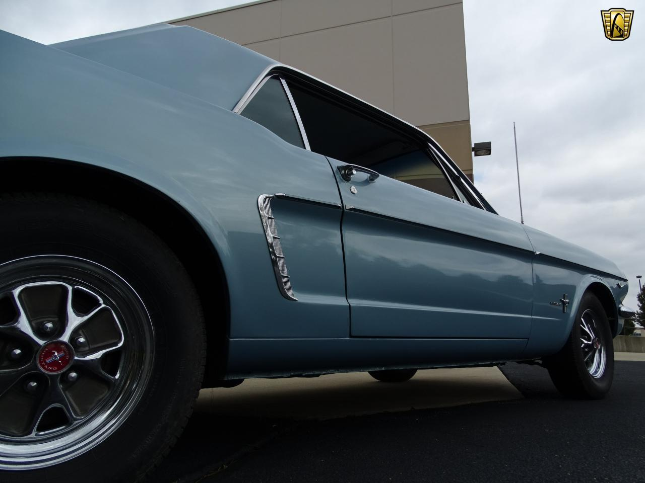 Large Picture of 1965 Ford Mustang - KDUO