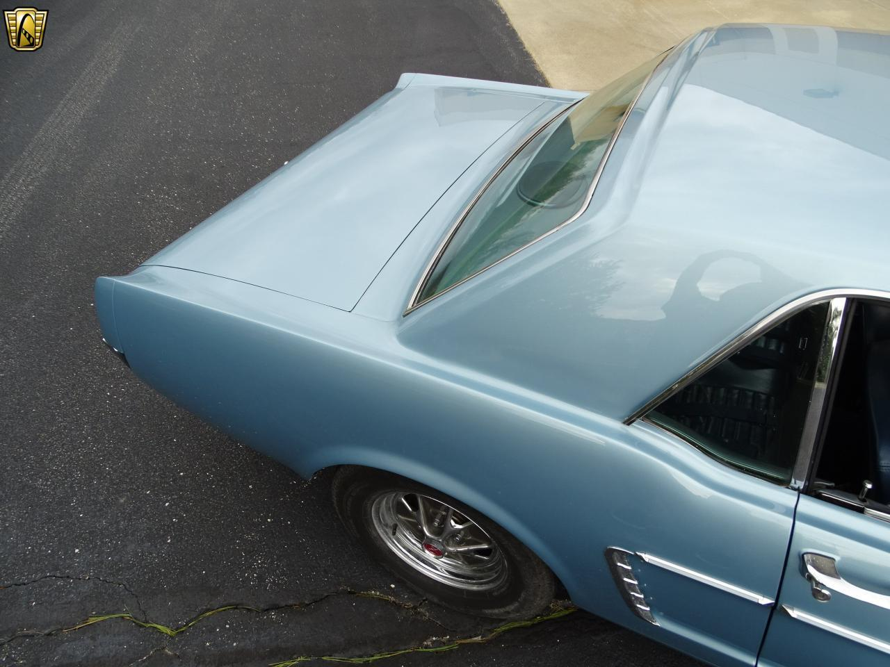 Large Picture of Classic 1965 Ford Mustang - KDUO