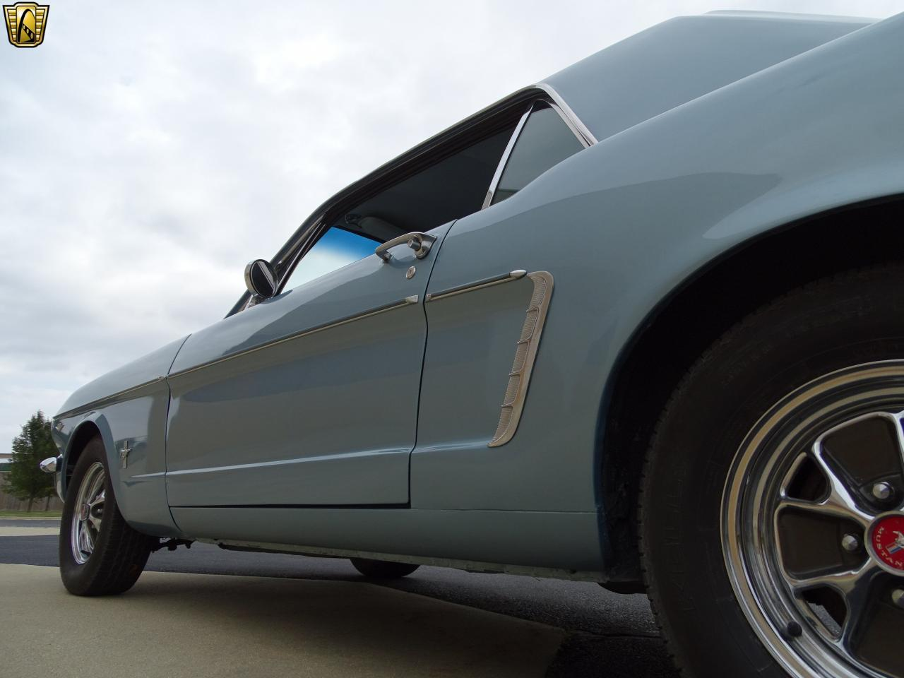 Large Picture of Classic '65 Mustang located in O'Fallon Illinois - KDUO