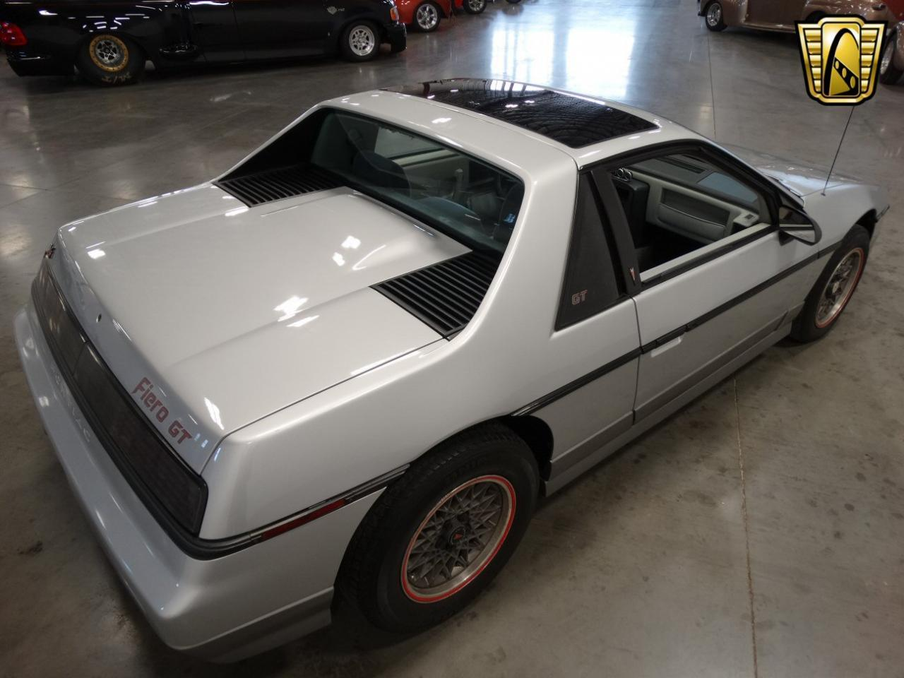 Large Picture of '85 Pontiac Fiero located in Tennessee - $6,995.00 - KDWK