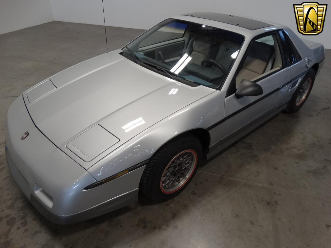 Large Picture of 1985 Pontiac Fiero Offered by Gateway Classic Cars - Nashville - KDWK