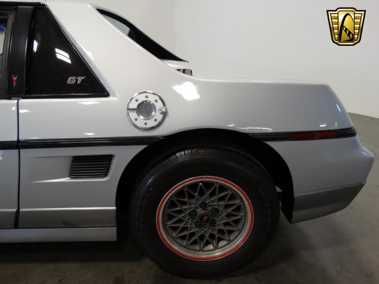 Large Picture of '85 Pontiac Fiero - $6,995.00 - KDWK
