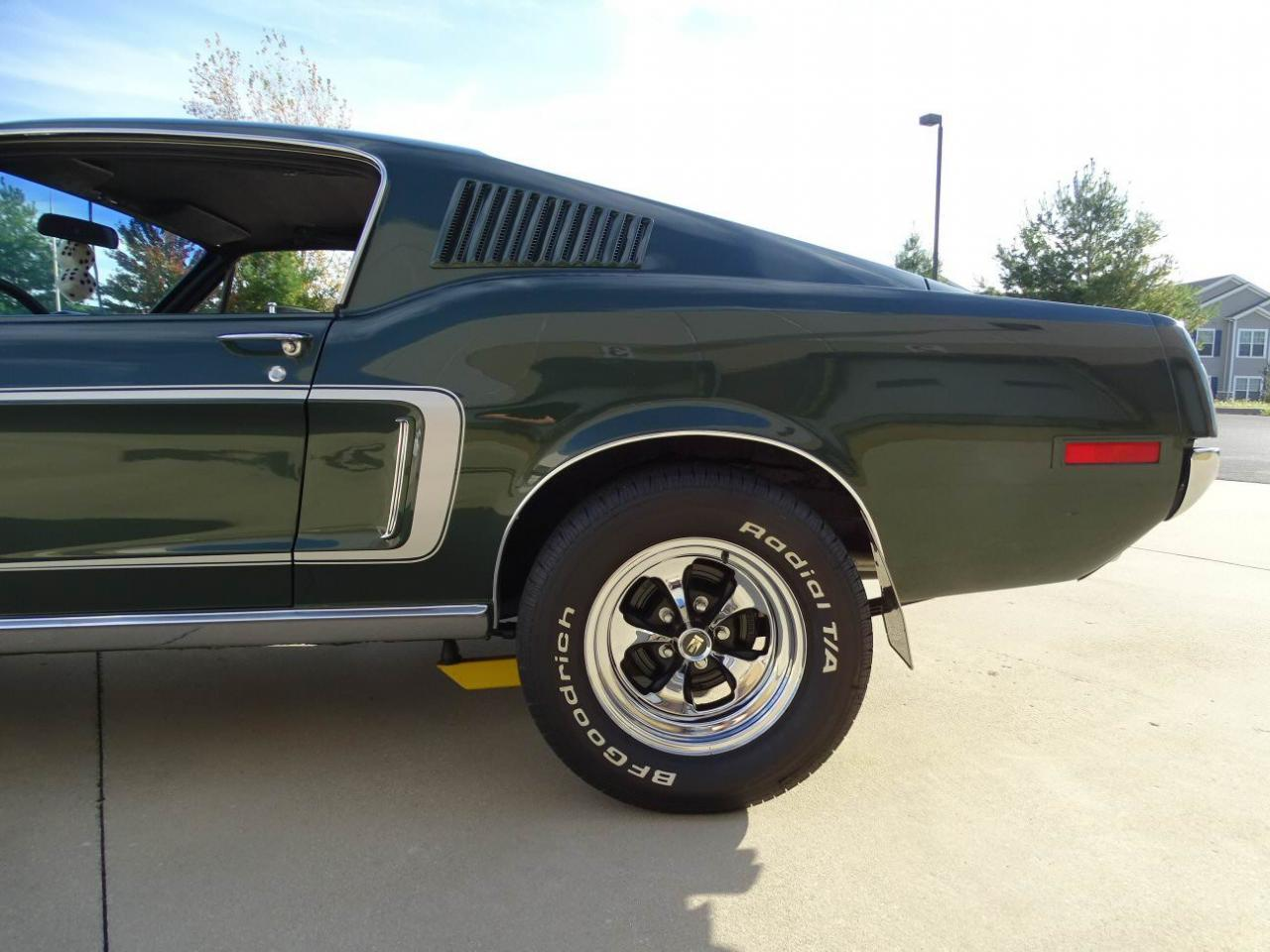 Large Picture of 1968 Ford Mustang located in O'Fallon Illinois - KDWO