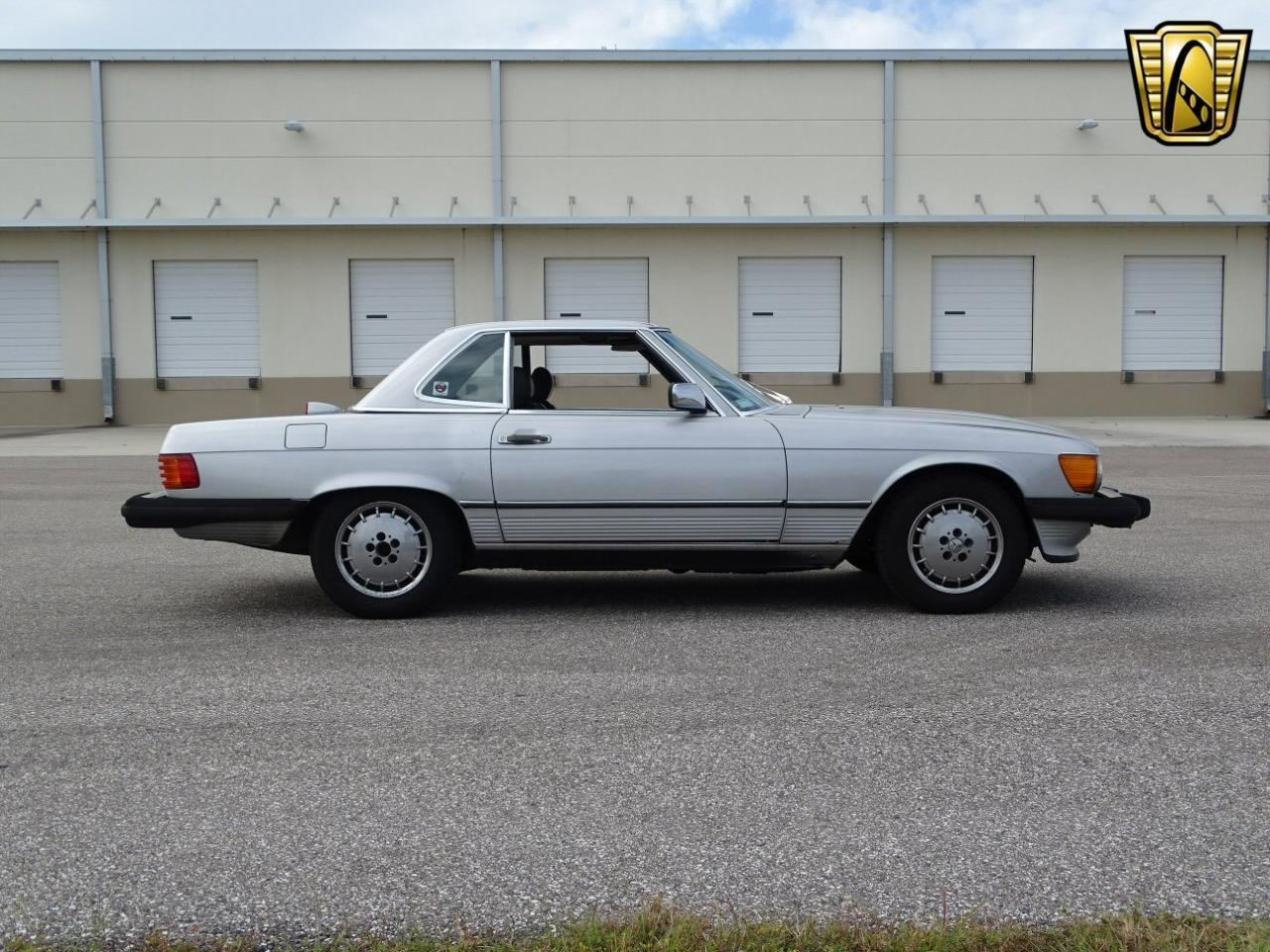 Large Picture of '87 560SL - KDWT