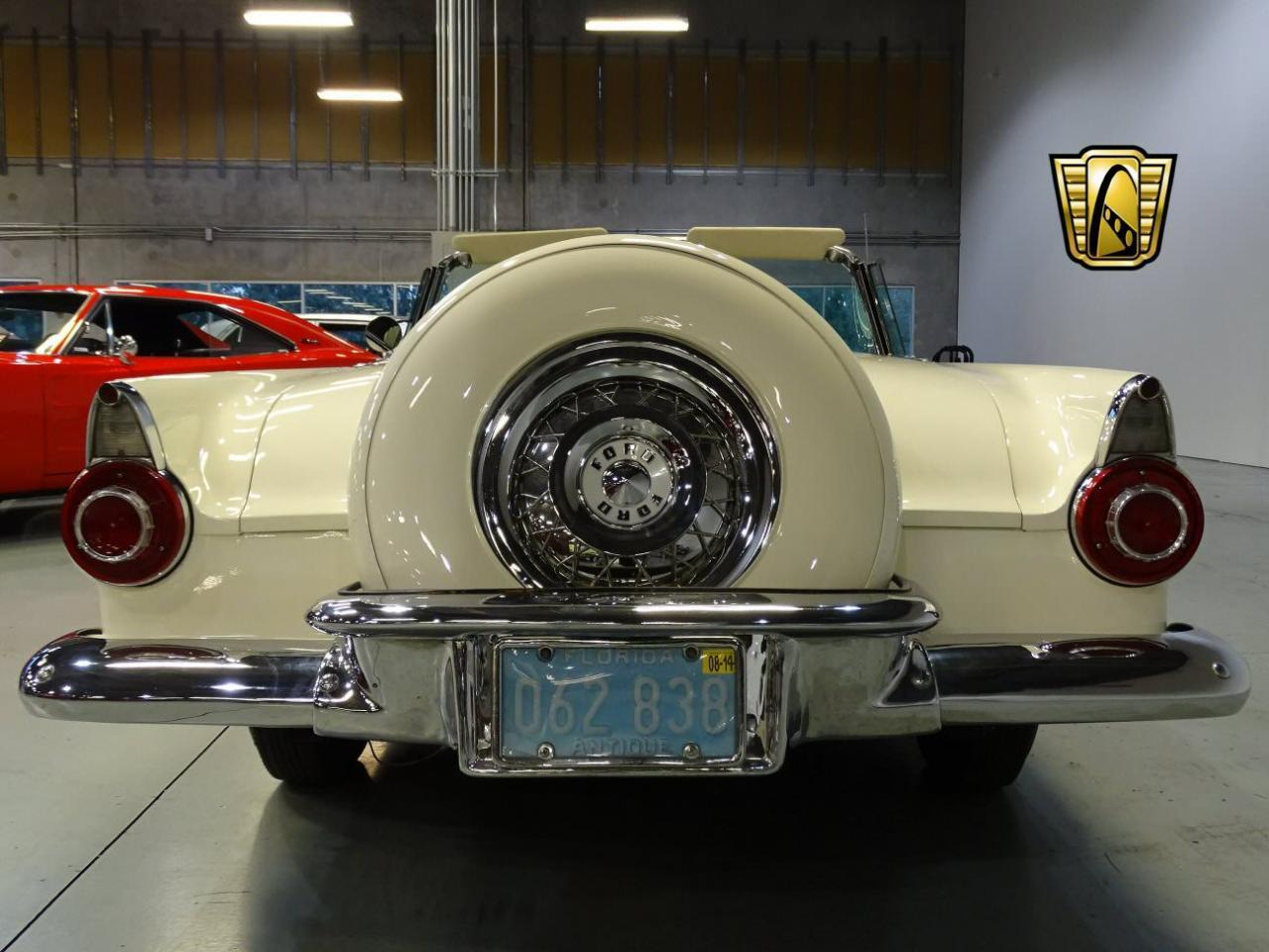 Large Picture of '56 Thunderbird - KDX8