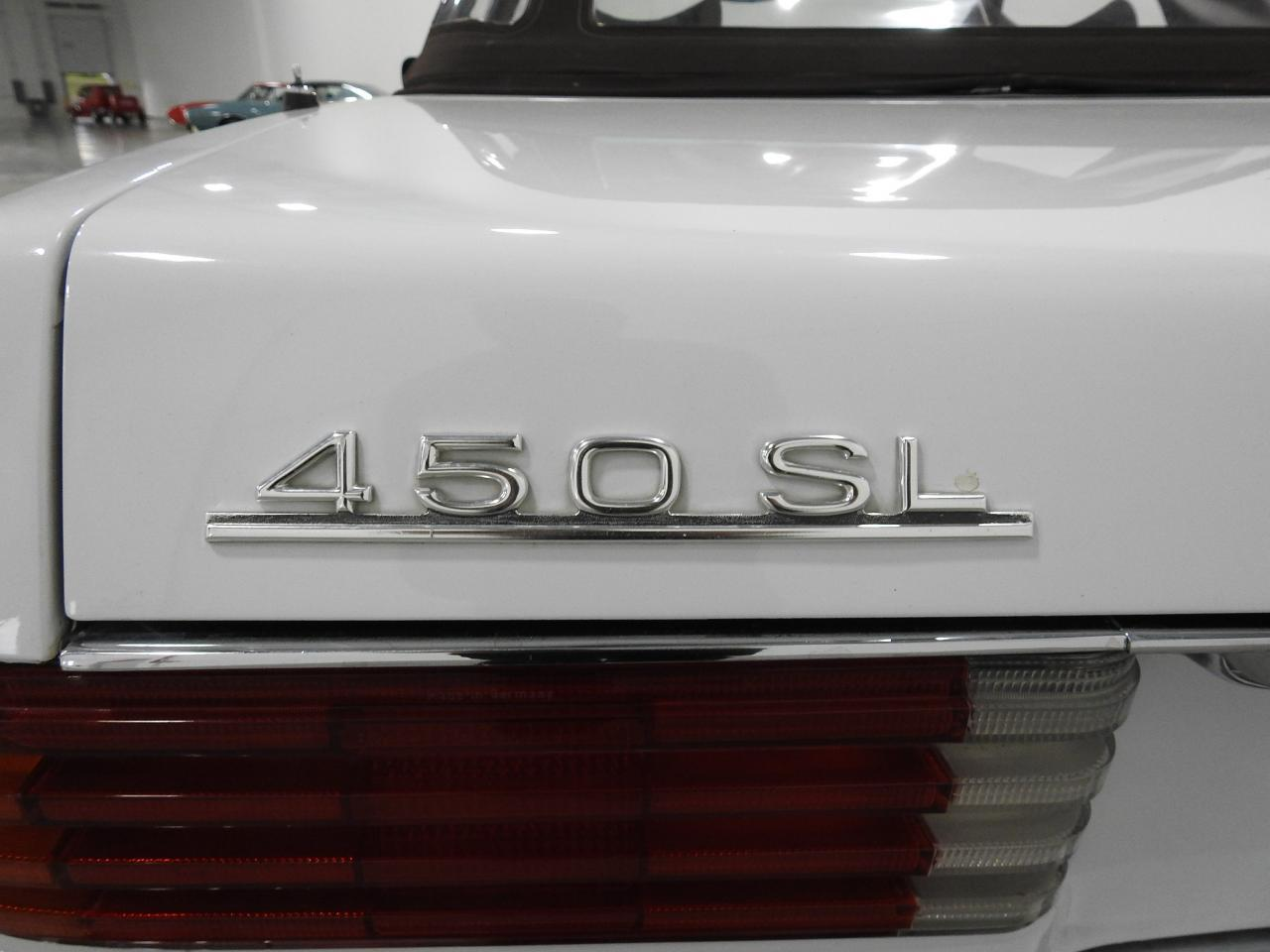 Large Picture of '73 450SL Offered by Gateway Classic Cars - Milwaukee - KDYN