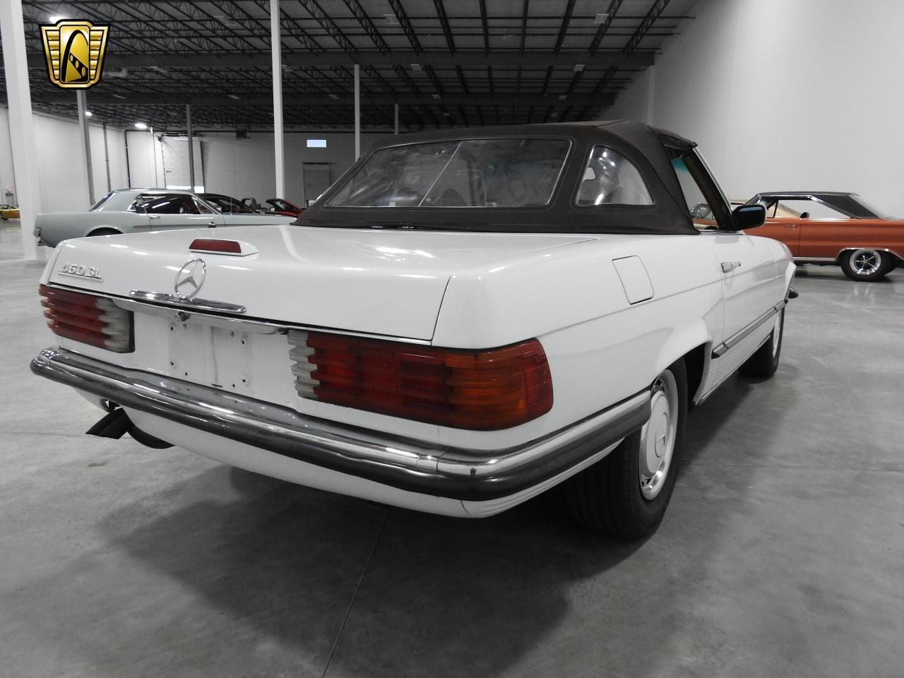 Large Picture of 1973 Mercedes-Benz 450SL located in Kenosha Wisconsin - $13,595.00 - KDYN