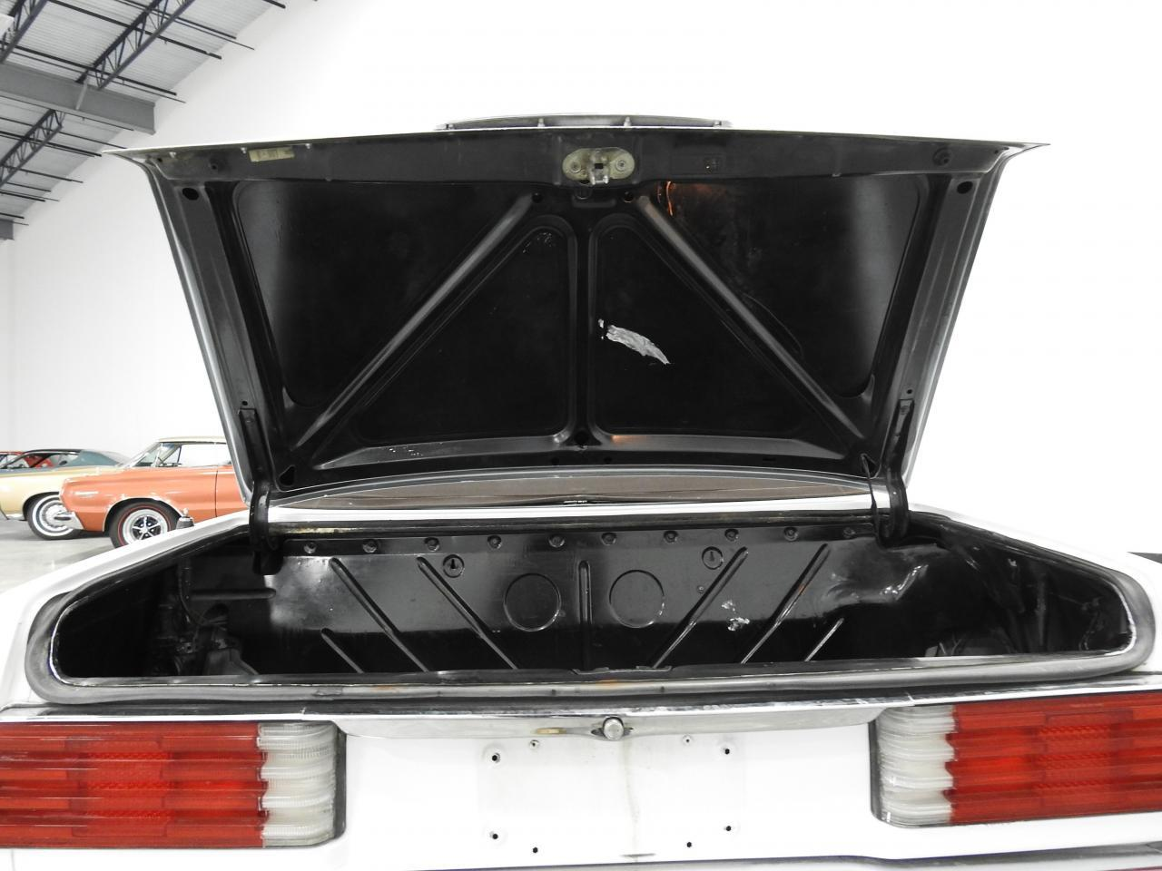 Large Picture of '73 450SL - $13,595.00 Offered by Gateway Classic Cars - Milwaukee - KDYN