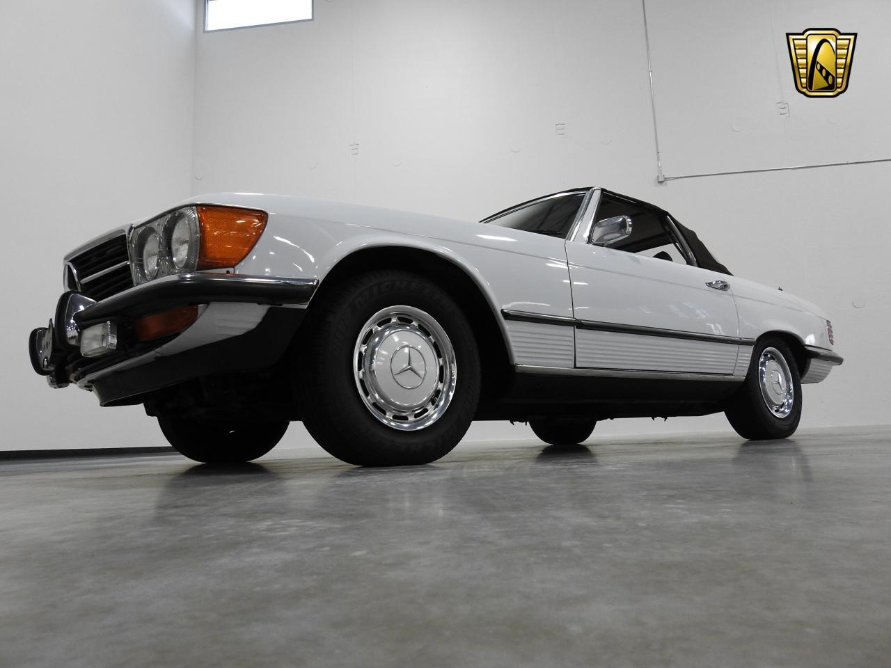 Large Picture of Classic '73 Mercedes-Benz 450SL - KDYN