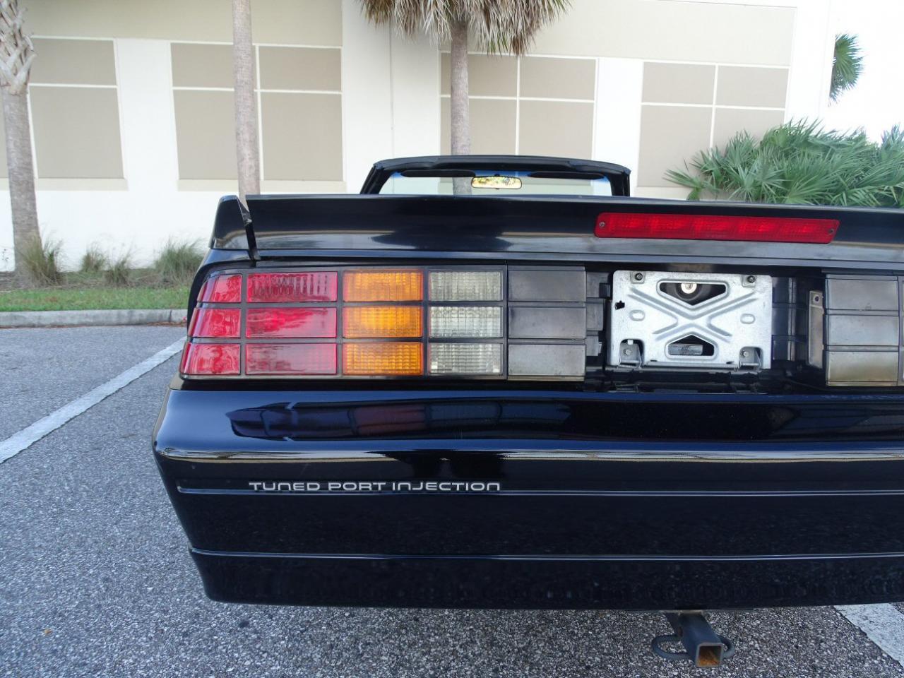 Large Picture of '88 Camaro - KE0J