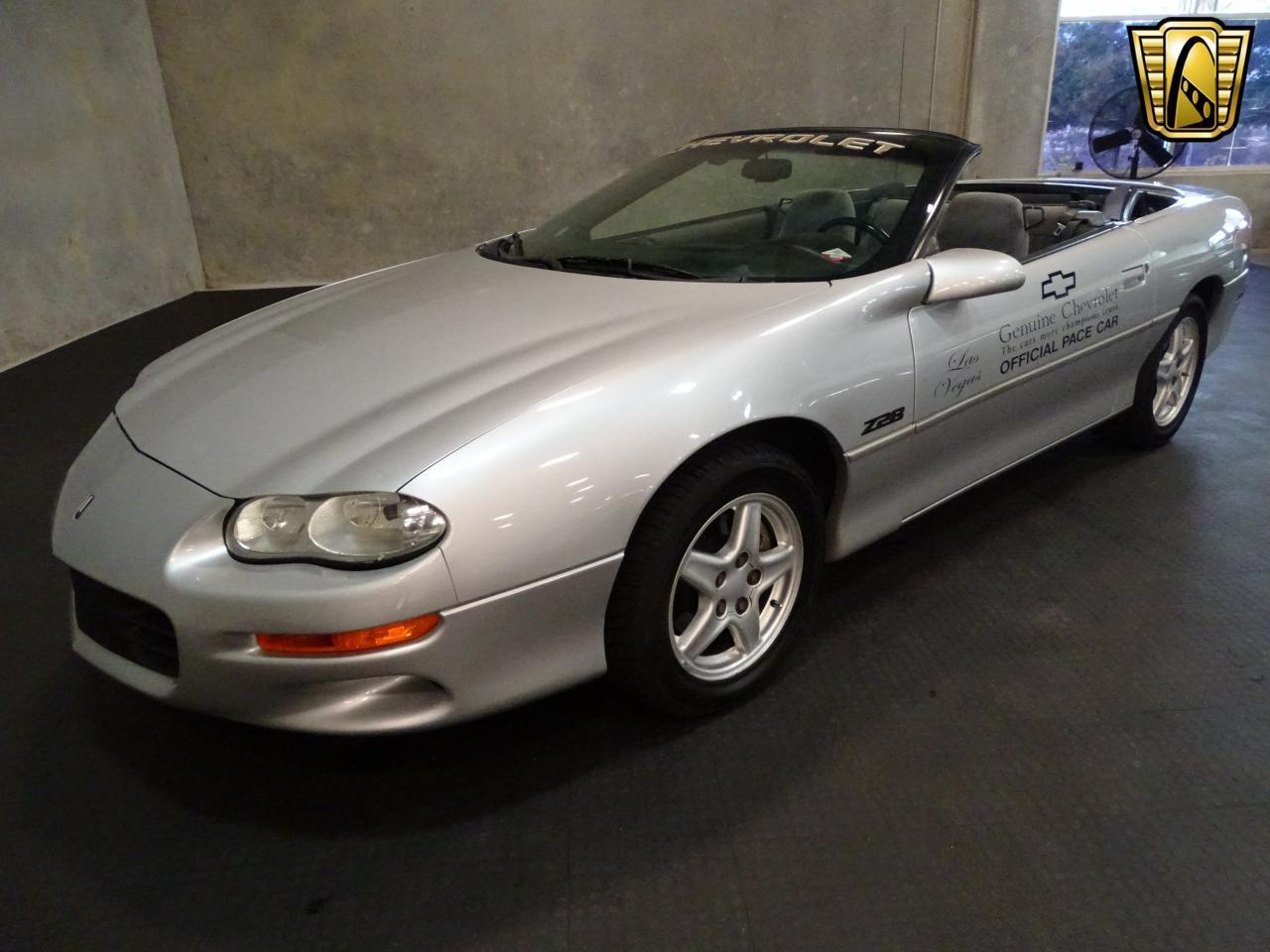 Large Picture of 1998 Chevrolet Camaro - KE0X