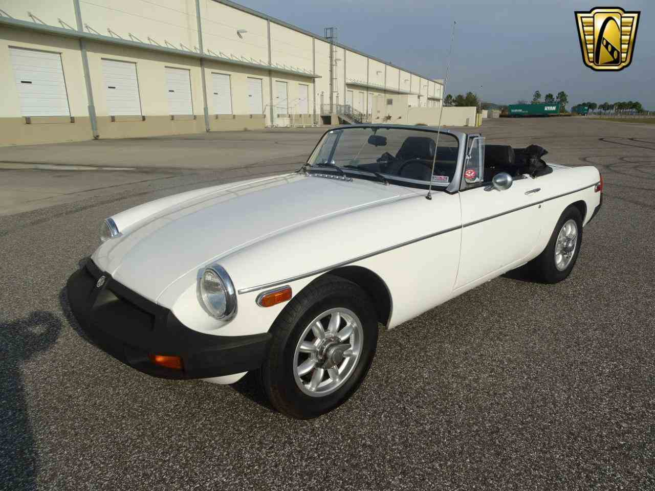 Large Picture of 1977 MG MGB located in Florida Offered by Gateway Classic Cars - Tampa - KE1K