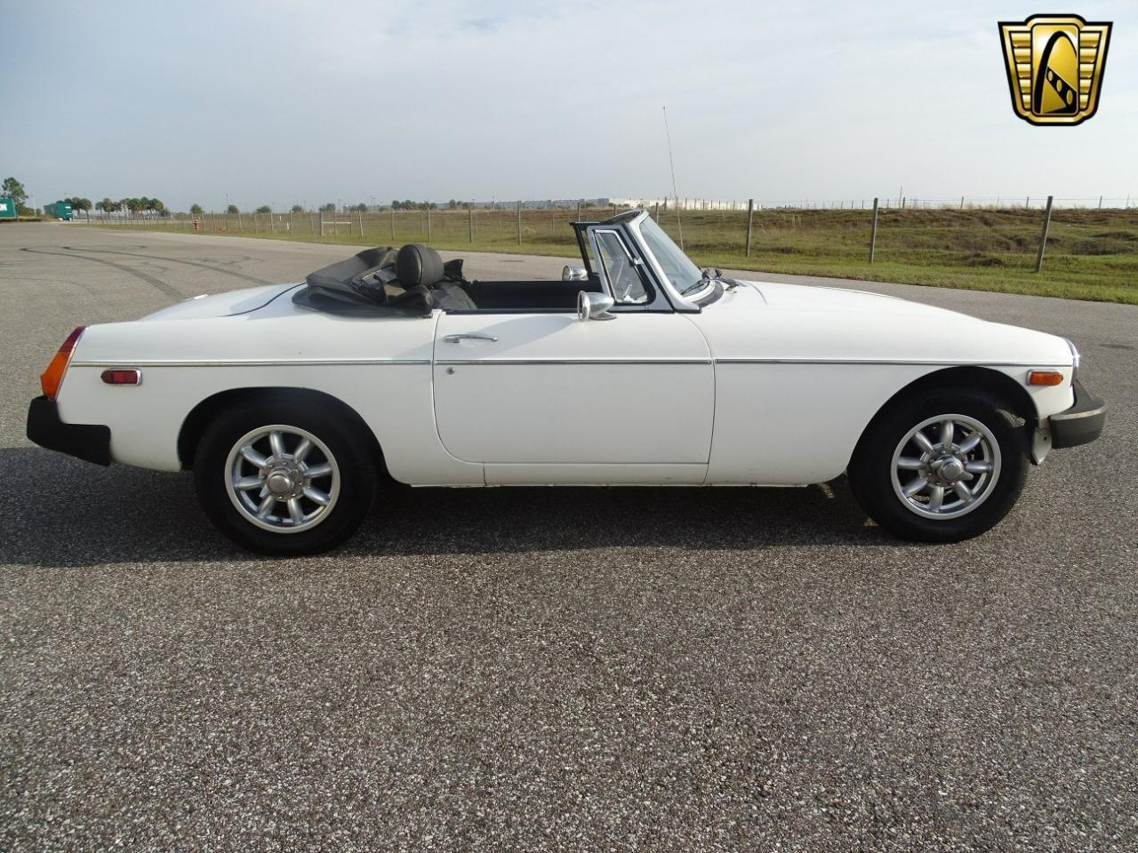 Large Picture of '77 MG MGB located in Florida Offered by Gateway Classic Cars - Tampa - KE1K