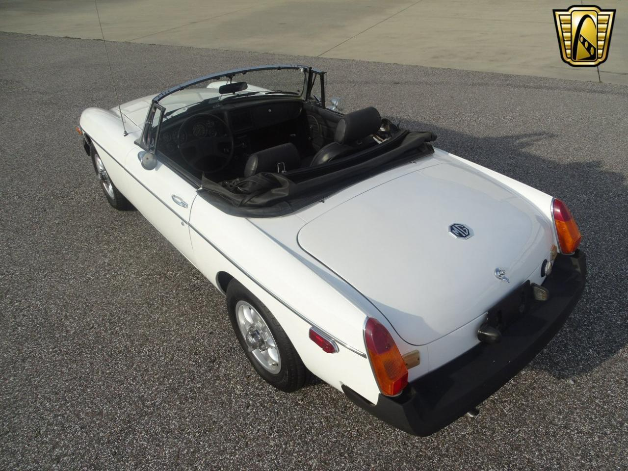 Large Picture of '77 MGB - KE1K