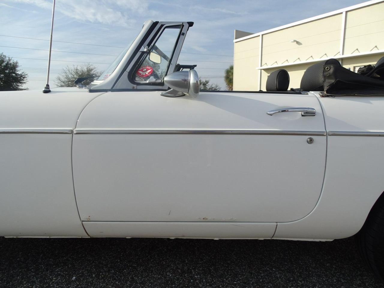 Large Picture of 1977 MG MGB located in Florida - $8,995.00 - KE1K