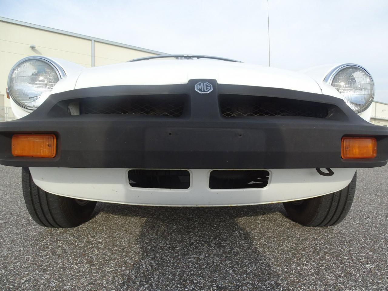 Large Picture of '77 MGB located in Florida - $8,995.00 Offered by Gateway Classic Cars - Tampa - KE1K