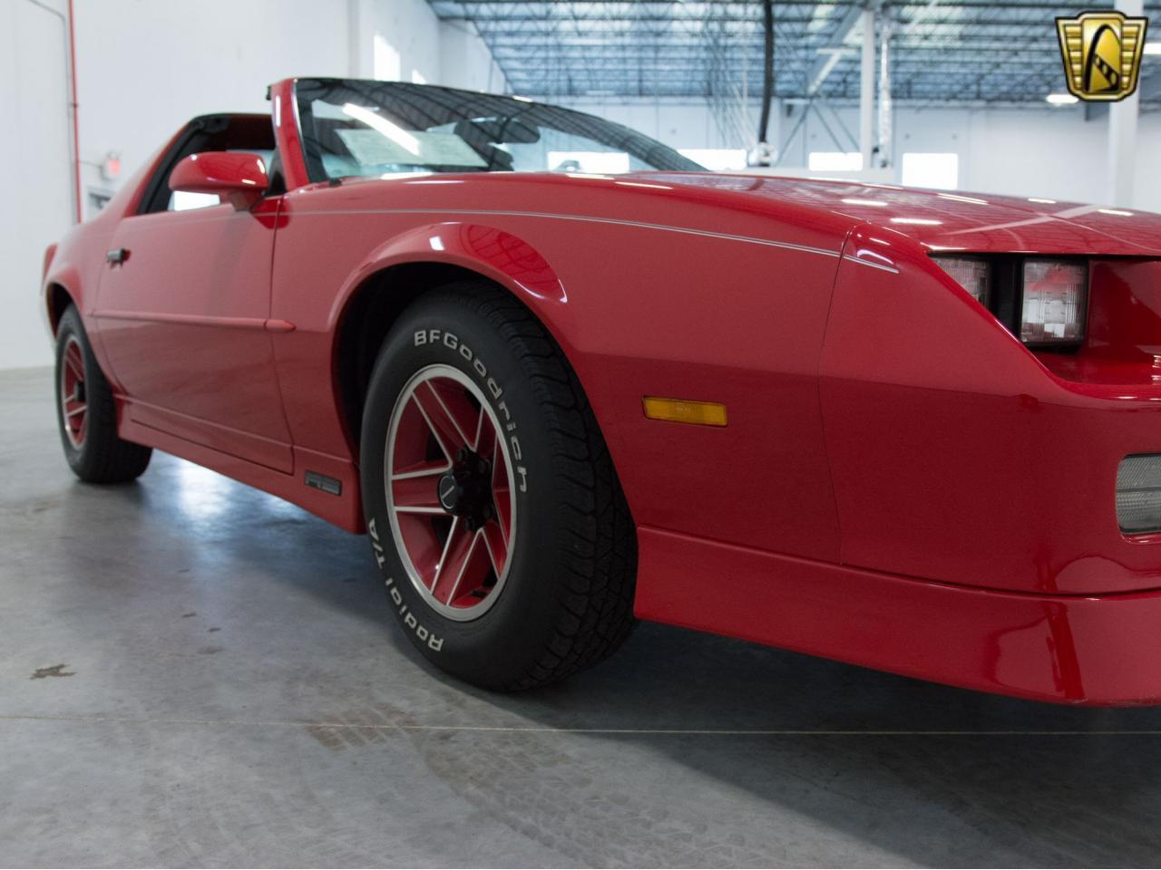 Large Picture of '89 Camaro located in Wisconsin Offered by Gateway Classic Cars - Milwaukee - KE4I