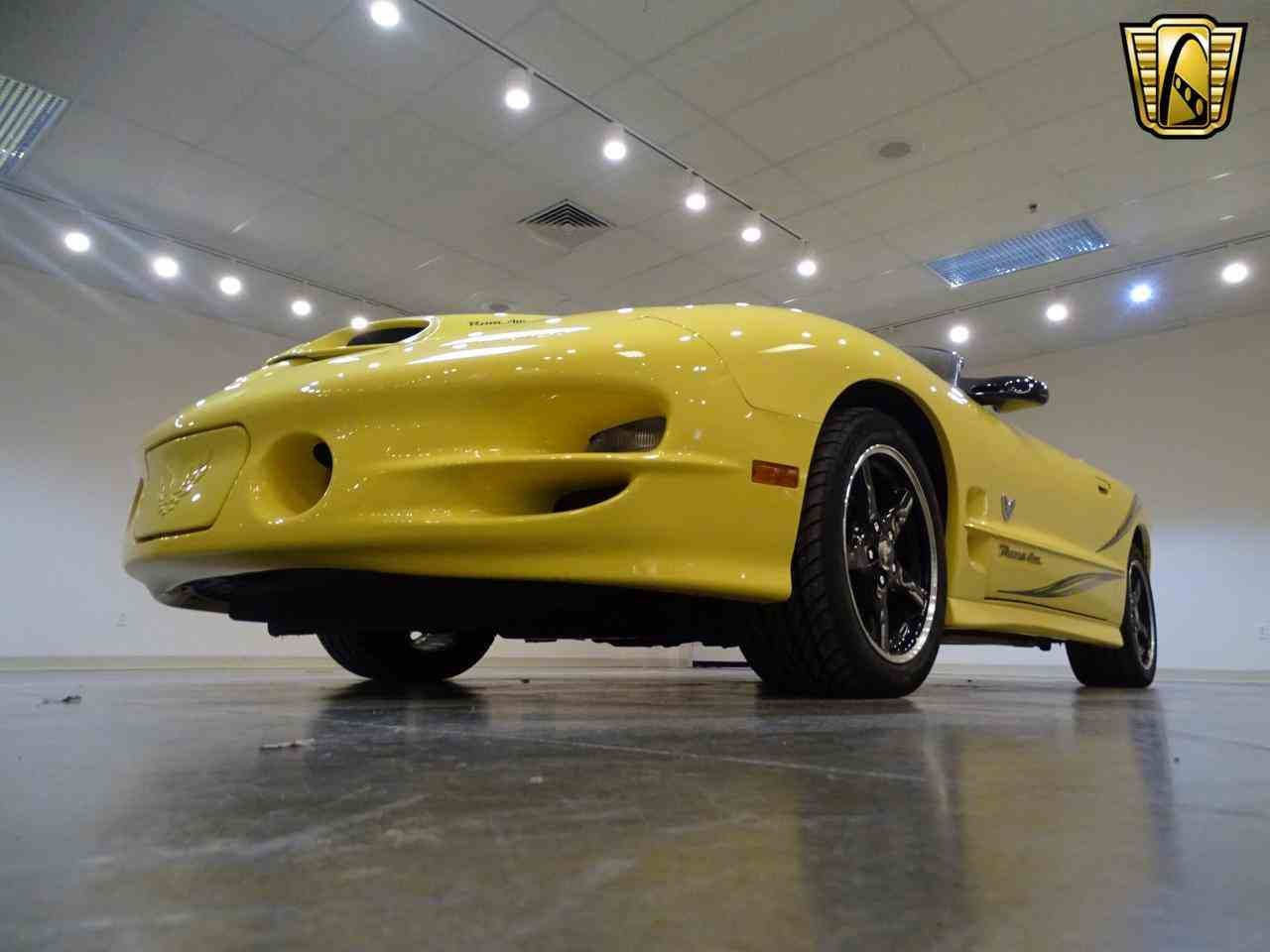 Large Picture of '02 Firebird located in Illinois Offered by Gateway Classic Cars - St. Louis - KE64