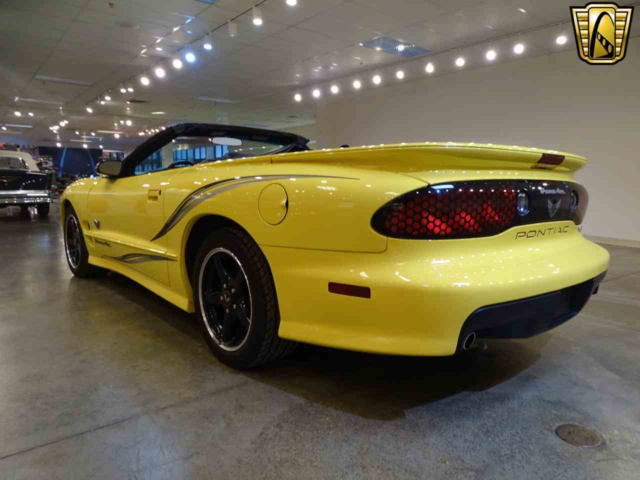 Large Picture of '02 Pontiac Firebird located in Illinois - $32,995.00 Offered by Gateway Classic Cars - St. Louis - KE64