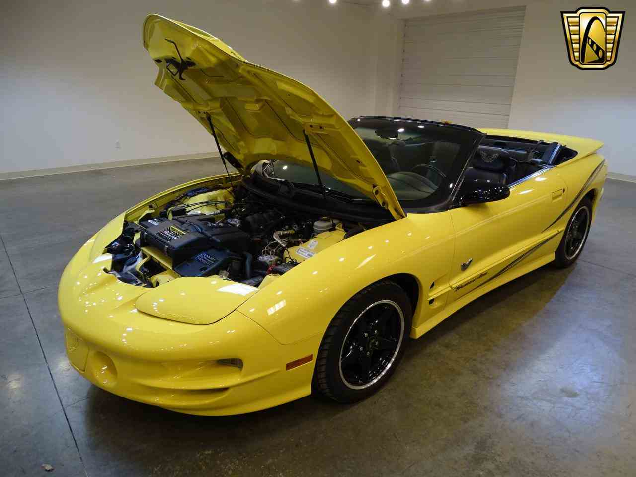 Large Picture of 2002 Pontiac Firebird - $32,995.00 - KE64