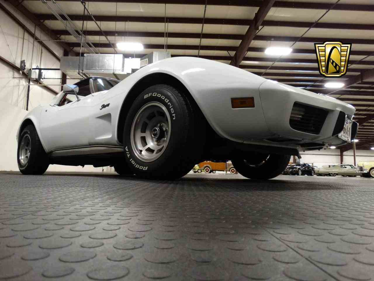 Large Picture of '76 Chevrolet Corvette located in Memphis Indiana - $16,595.00 - KEBQ