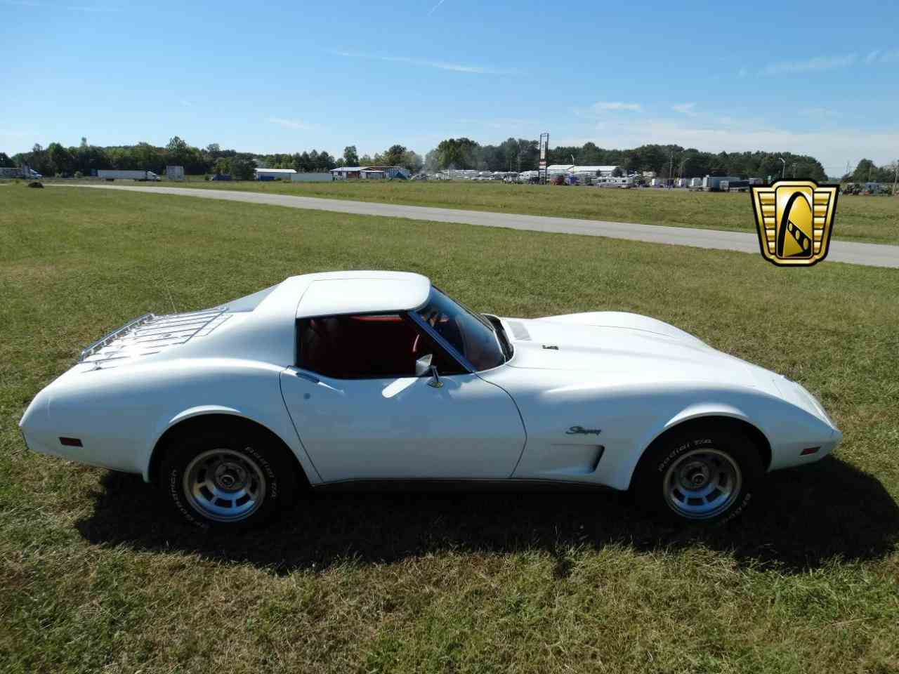 Large Picture of '76 Chevrolet Corvette located in Indiana Offered by Gateway Classic Cars - Louisville - KEBQ