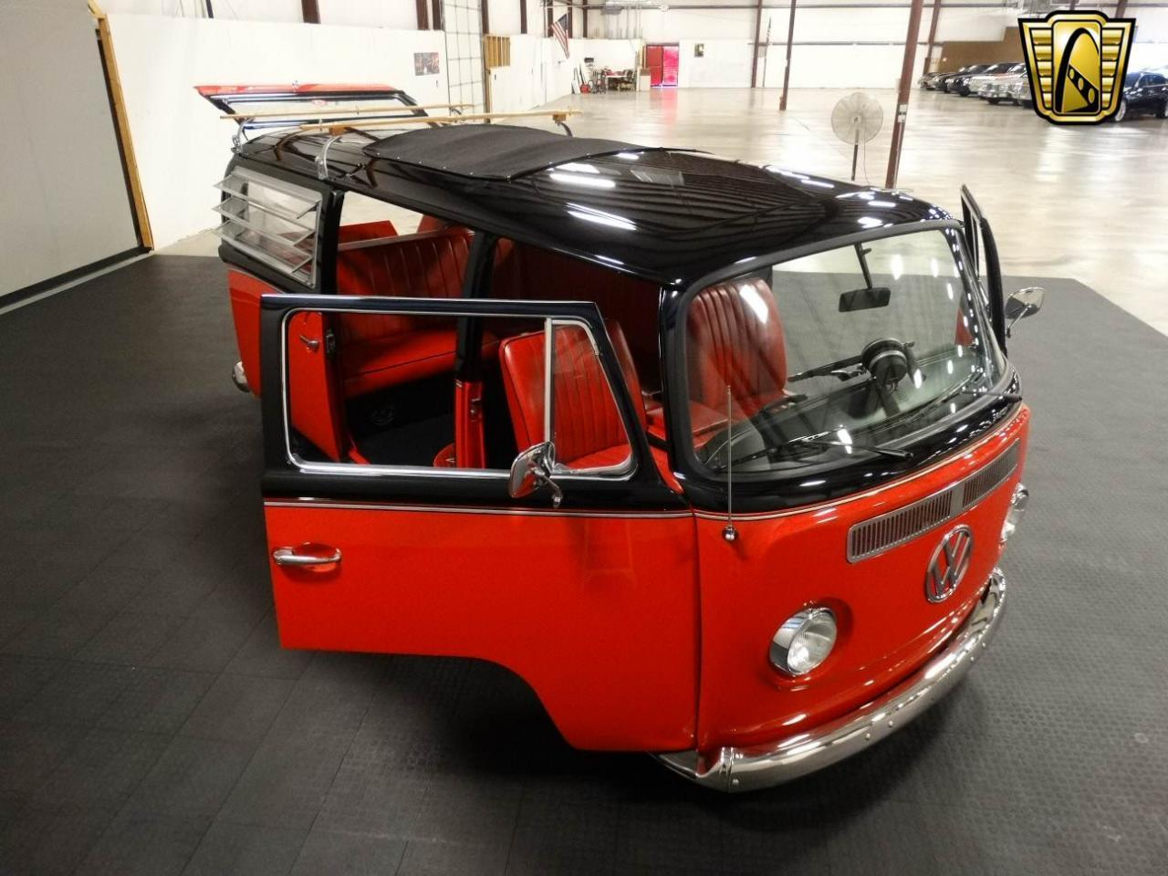 1969 Volkswagen Bus For Sale Classiccars Com Cc 951701