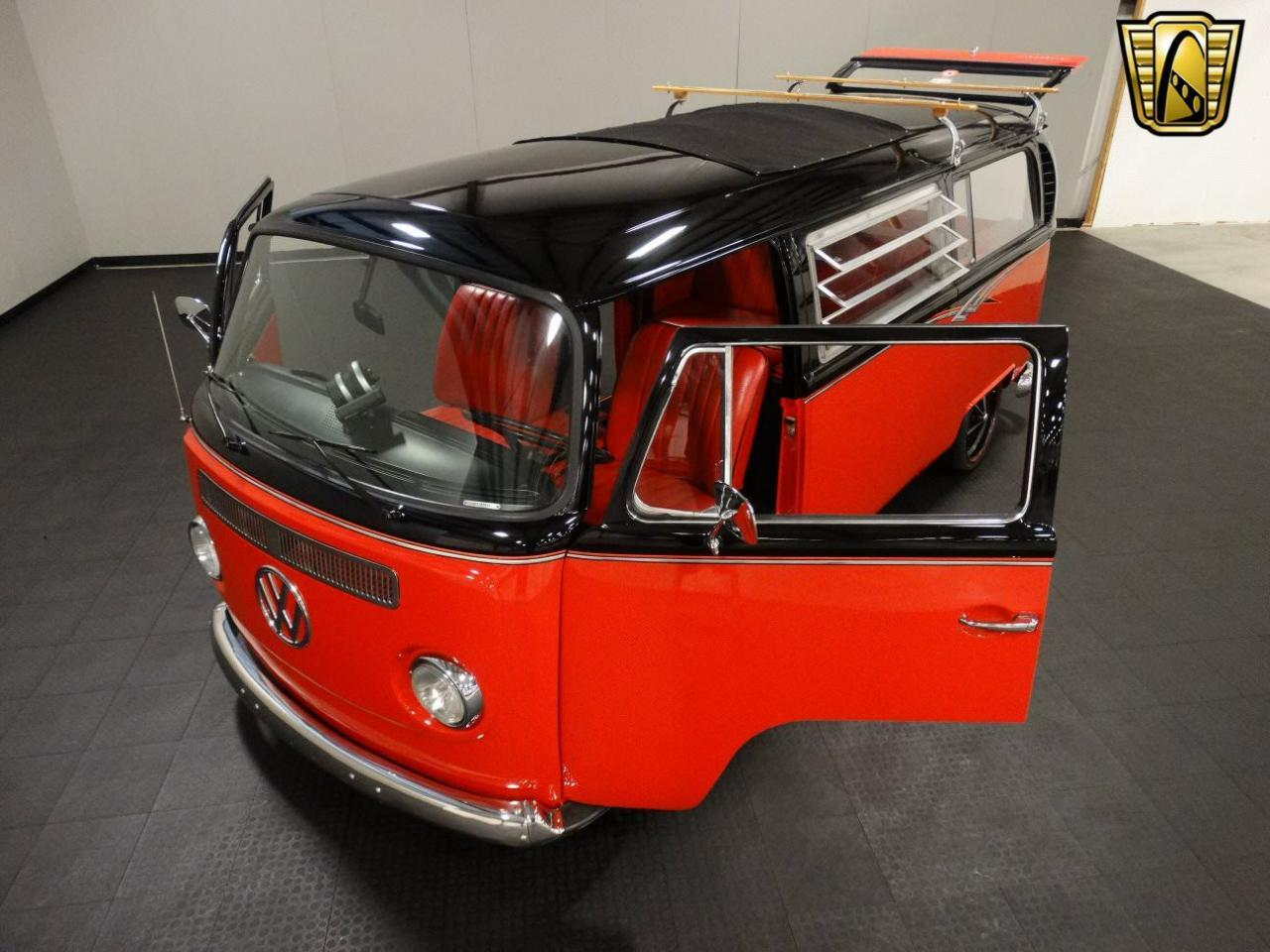 1969 Volkswagen Bus For Sale Classiccars Com Cc 951701