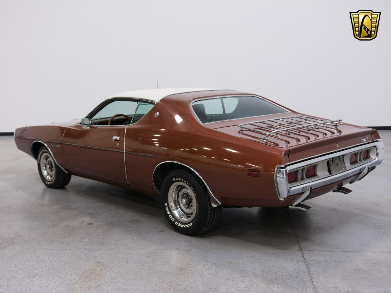 Large Picture of '71 Dodge Charger located in Kenosha Wisconsin Offered by Gateway Classic Cars - Milwaukee - KEDX