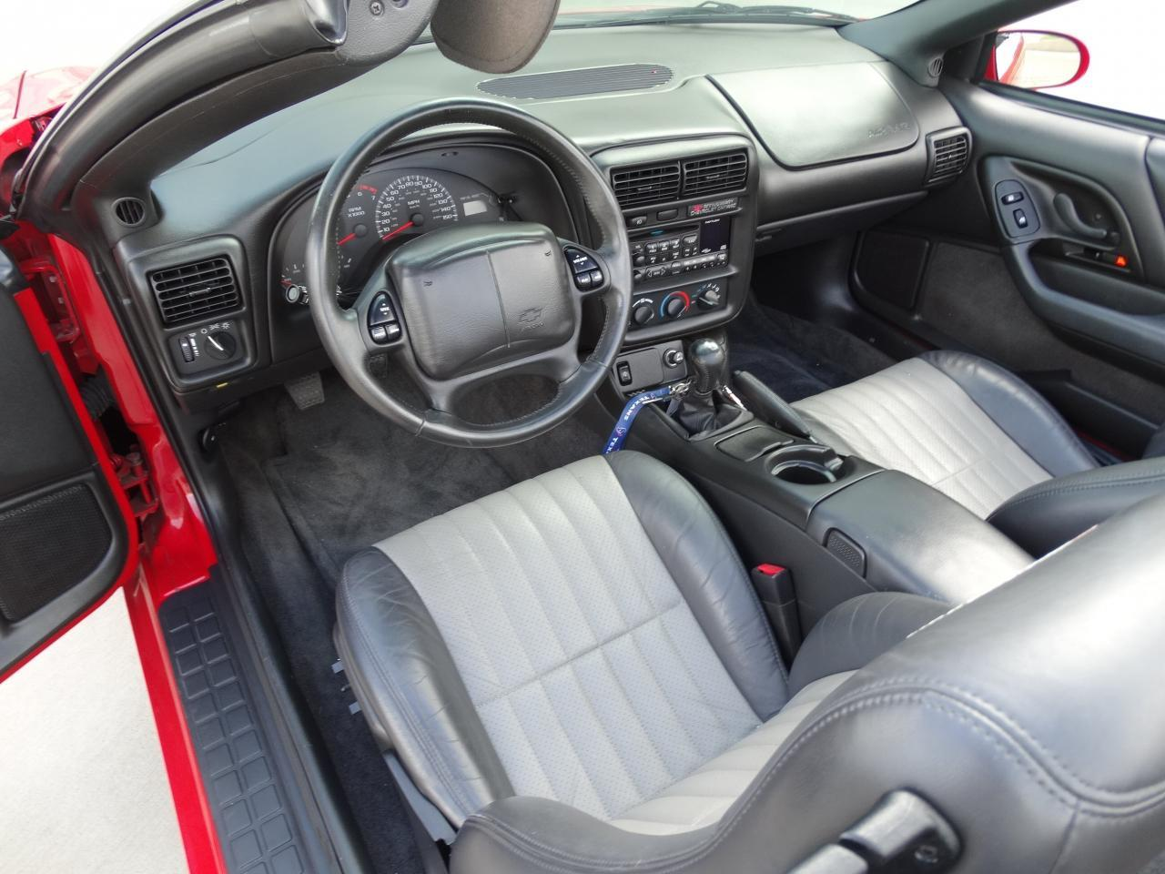 Large Picture of 2002 Camaro located in Houston Texas Offered by Gateway Classic Cars - Houston - KEFD