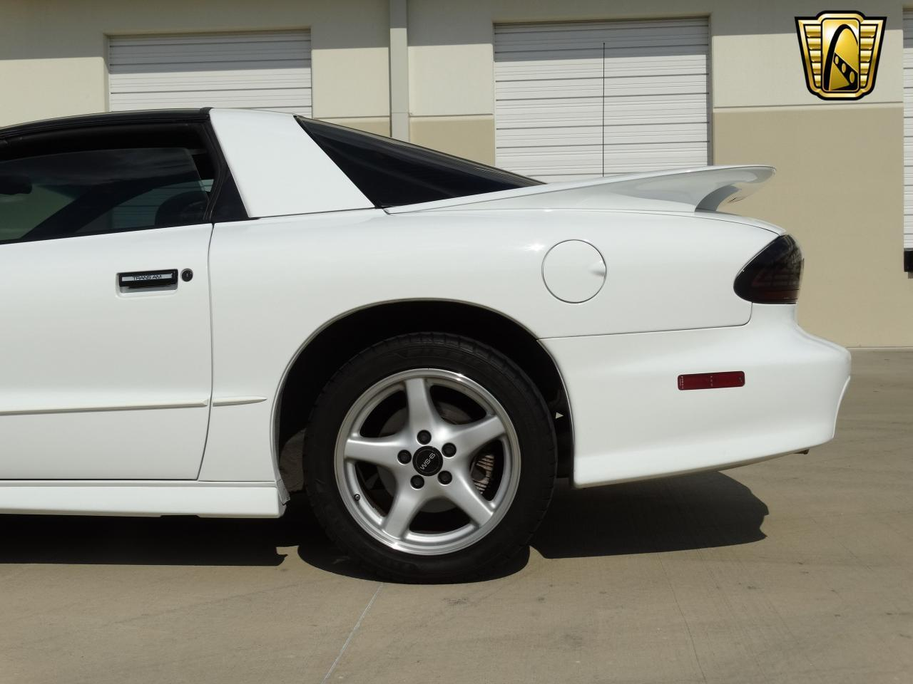 Large Picture of '96 Pontiac Firebird Trans Am - KEI4
