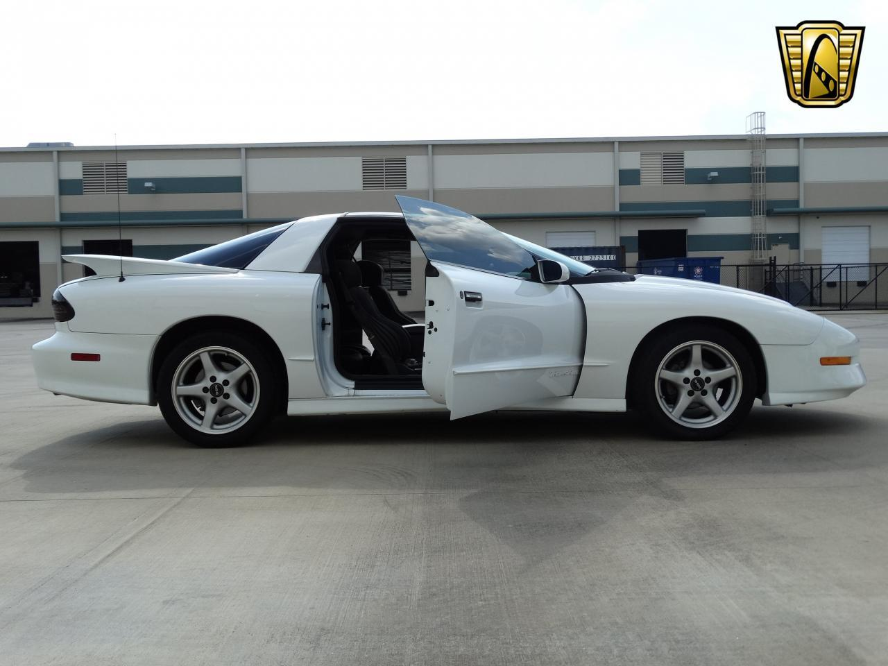 Large Picture of '96 Pontiac Firebird Trans Am located in Texas - $16,995.00 - KEI4