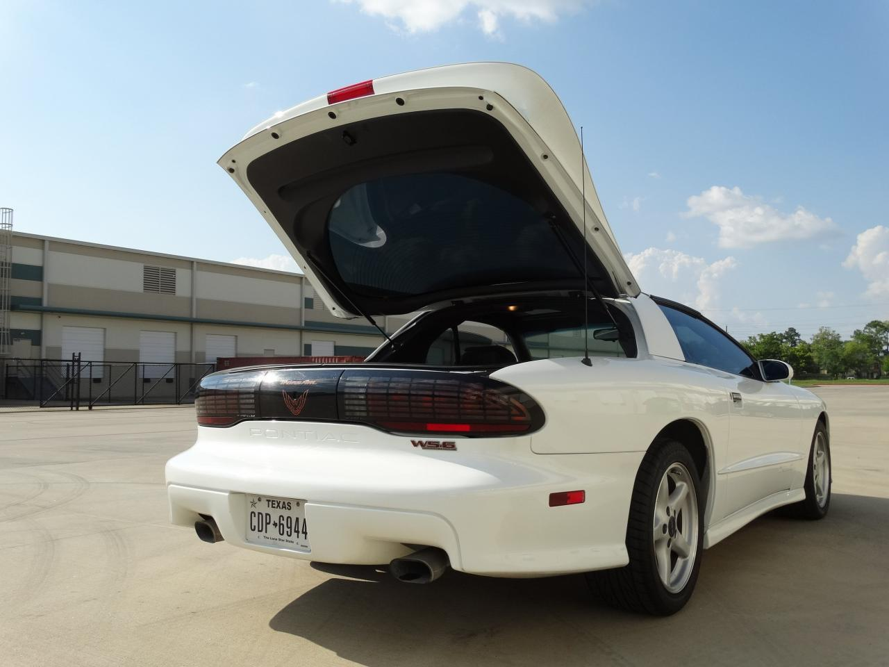 Large Picture of 1996 Firebird Trans Am Offered by Gateway Classic Cars - Houston - KEI4