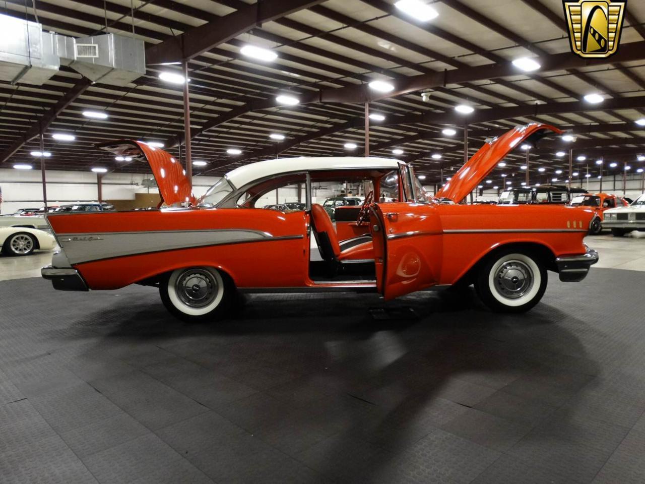 Large Picture of '57 Bel Air - KEIU