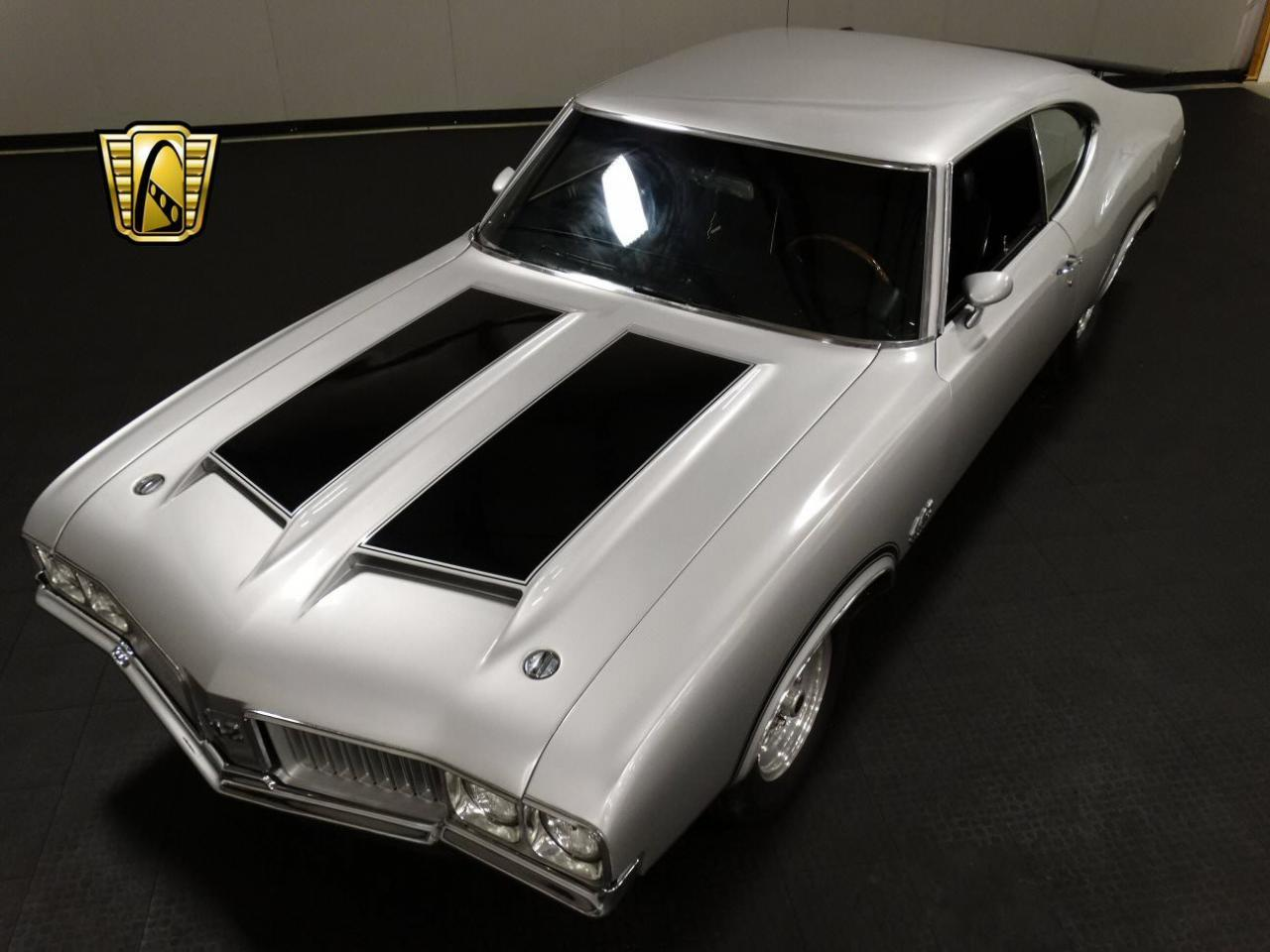 Large Picture of Classic '70 Oldsmobile Cutlass located in Memphis Indiana Offered by Gateway Classic Cars - Louisville - KEIV