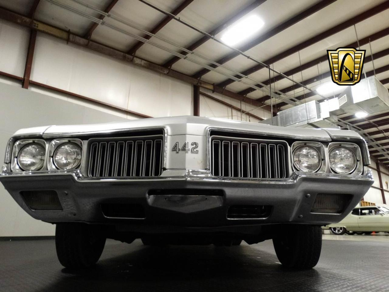 Large Picture of '70 Oldsmobile Cutlass located in Memphis Indiana Offered by Gateway Classic Cars - Louisville - KEIV