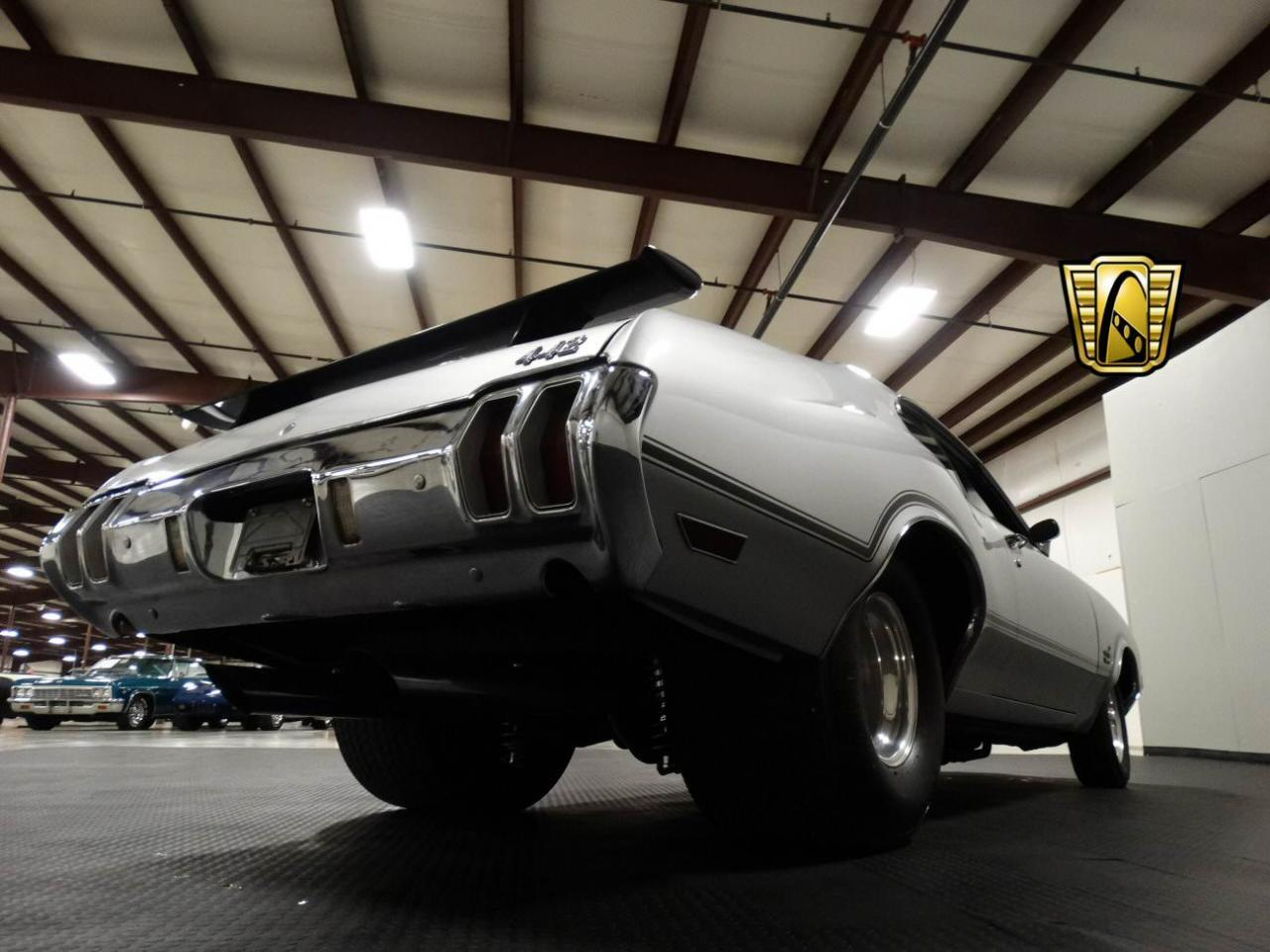 Large Picture of 1970 Oldsmobile Cutlass - KEIV
