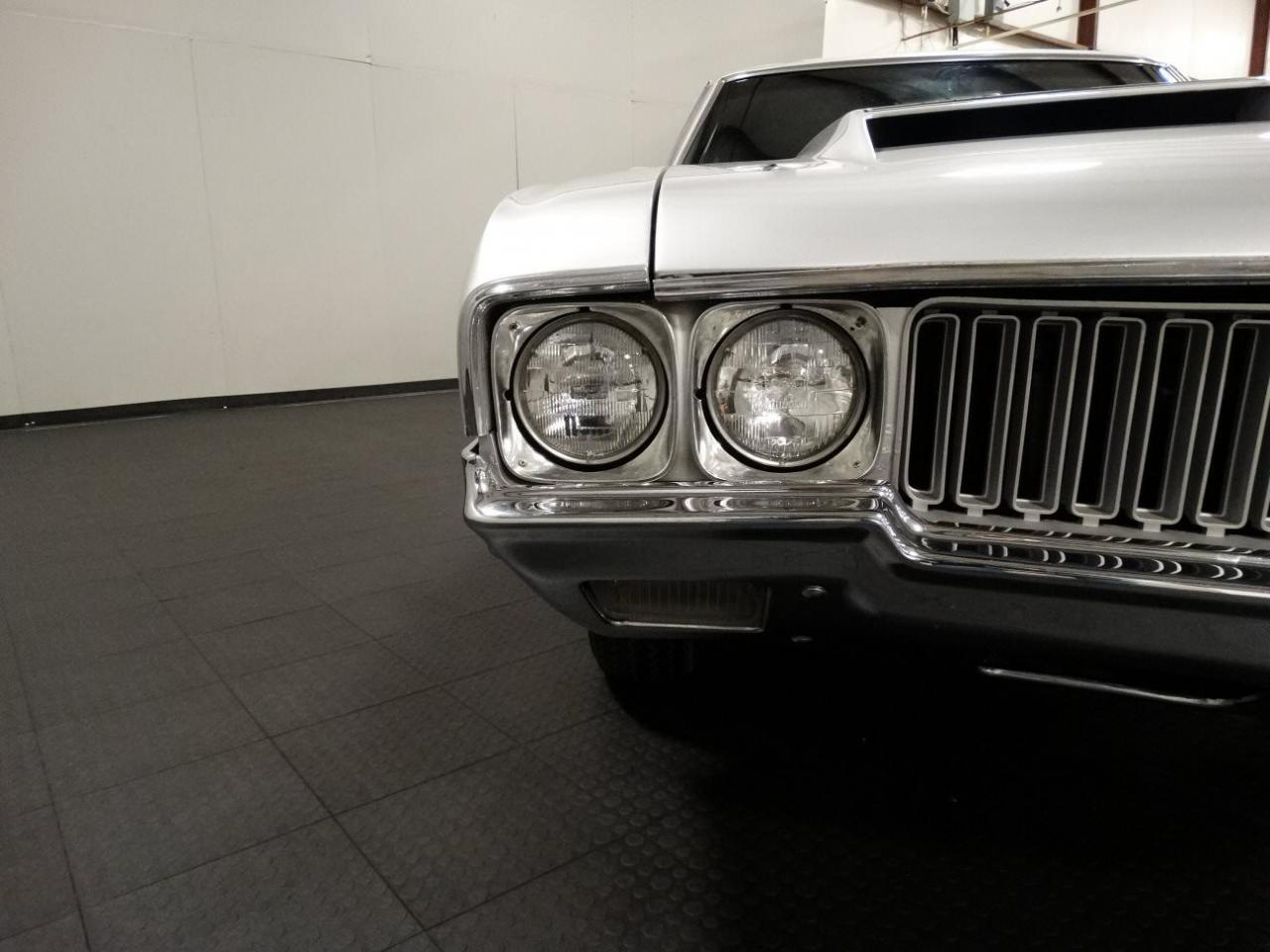 Large Picture of '70 Cutlass located in Indiana - $41,595.00 - KEIV