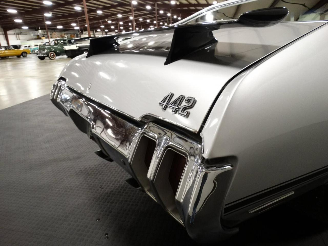 Large Picture of Classic '70 Cutlass located in Indiana Offered by Gateway Classic Cars - Louisville - KEIV