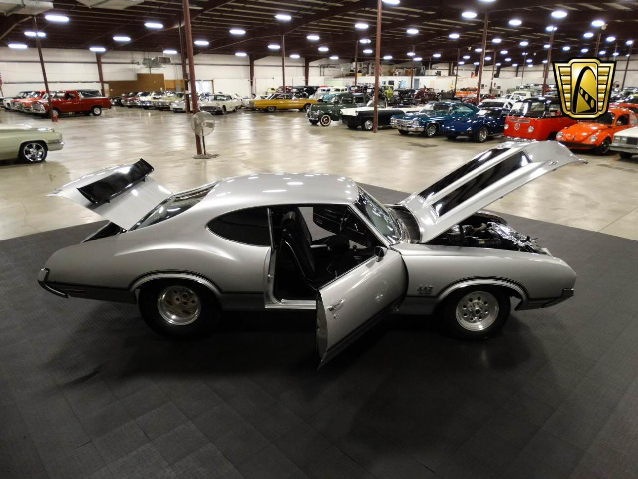 Large Picture of 1970 Oldsmobile Cutlass - $41,595.00 - KEIV