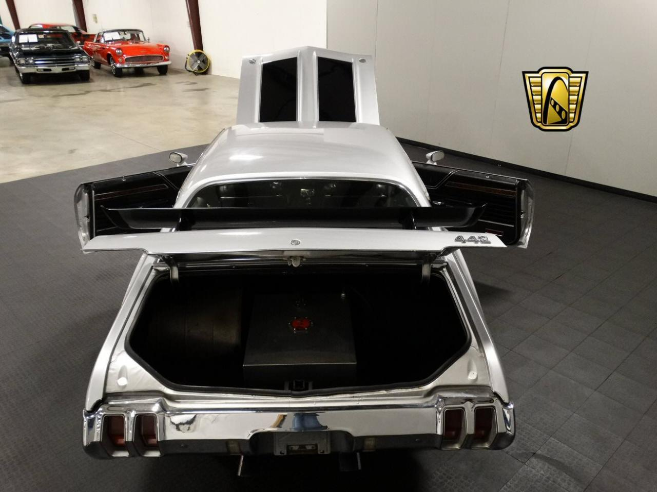 Large Picture of '70 Cutlass located in Indiana - KEIV