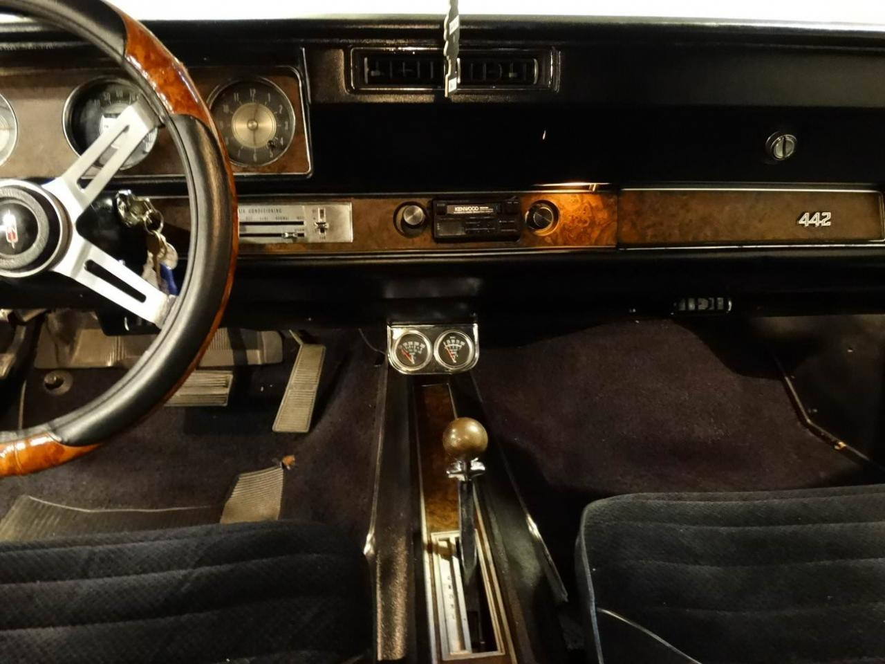 Large Picture of Classic '70 Cutlass located in Memphis Indiana - $41,595.00 - KEIV